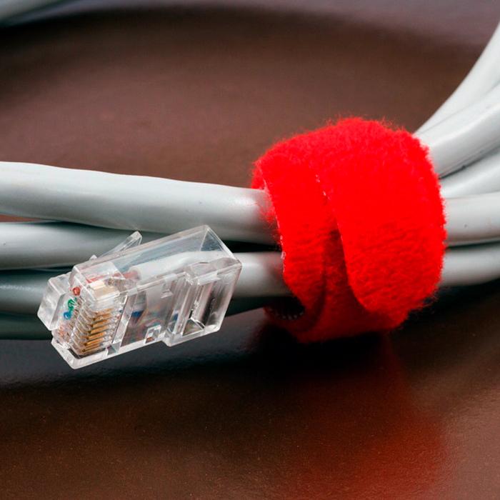 Фиксация провода хомутом