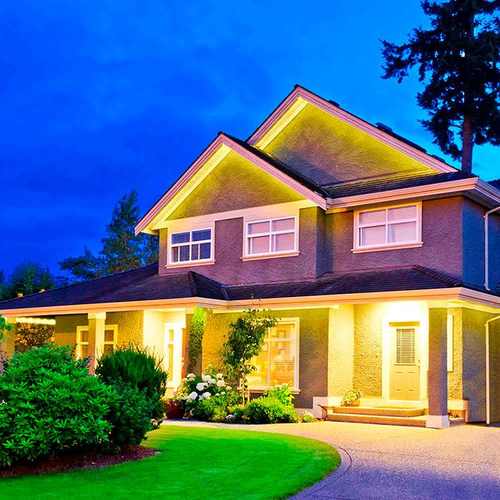 Освещение территории вокруг дома светодиодами